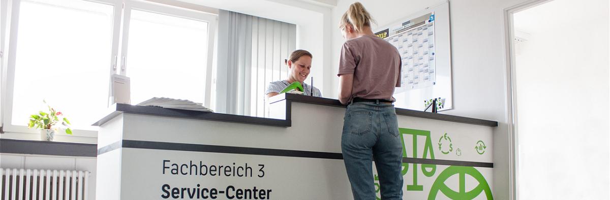Service Center des Fachbereichs 3