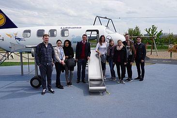 Die Studierengruppe der HTW Berlin am Flughafen München