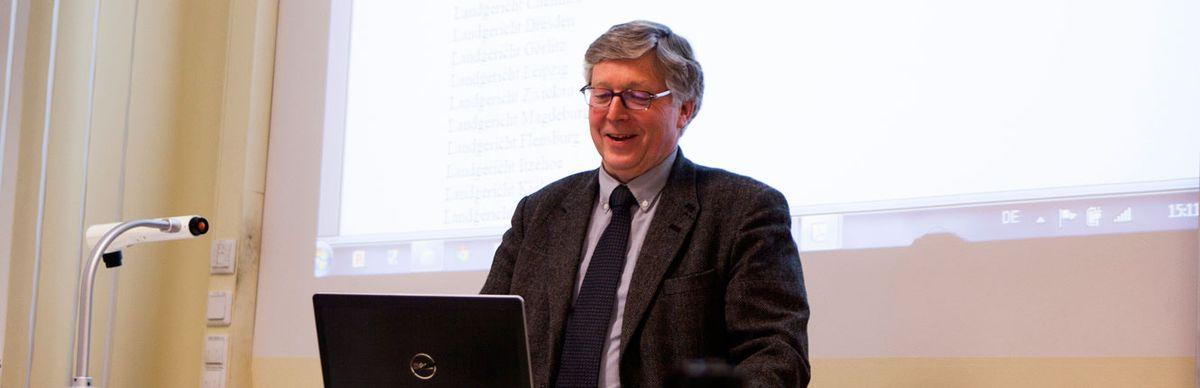 Professor bei einem Vortrag